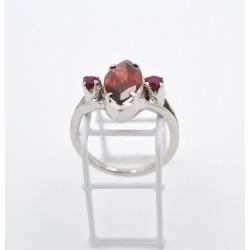 Anello in argento 925 granato e rubini