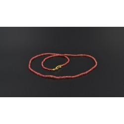 Collana di zaffiri rossi e argento